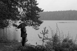 Der Fagertärn mit Regenschirmhalterin, damit das Ufer nicht nass wird.