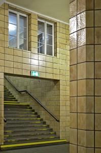 Ein Aufgang aus dem Zwickauer Bahnhof an die Oberwelt.