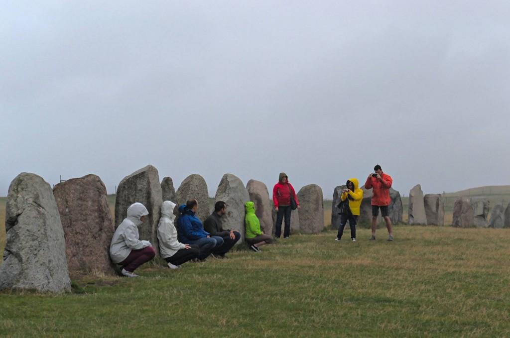 Die Steine sind praktisch als Wetterschutz!