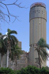 Ein mutmaßlich leerstehender Turm im kairoer Stadtteil Zamalek.