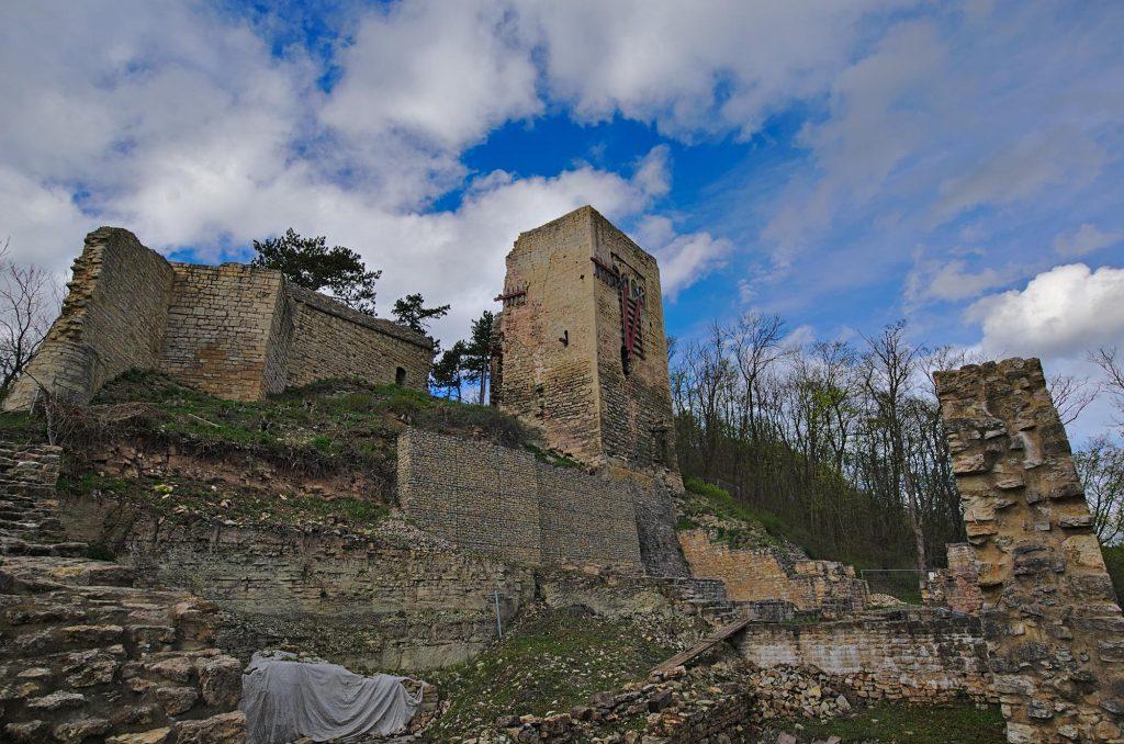 Südansicht der Lobdeburg im Süden Jenas
