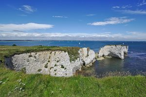 Die Old Harry Rocks aus dem Süden fotografiert.