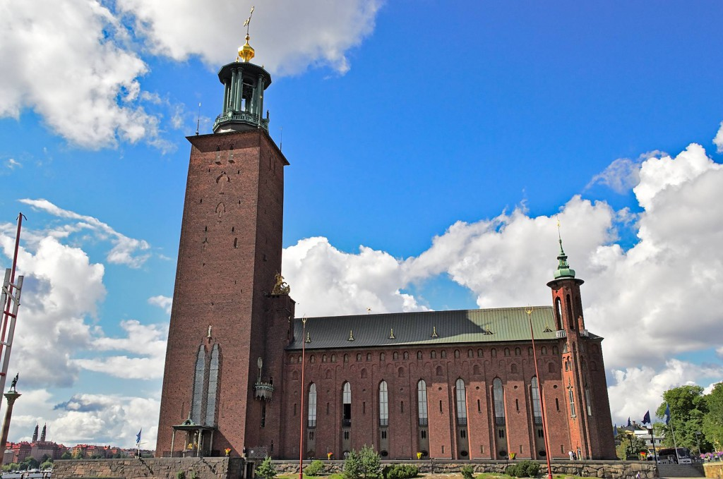Das Stockholmer stadshus von außen.