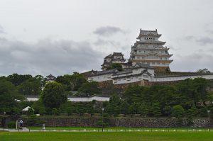 Gesamtansicht der japanischen Burg Himeji.