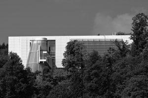Der Neubau des Arp-Museums in Rolandseck, in dem Werke der Künstler Hans Arp und Sophie Taeuber-Arp ausgestellt sind.