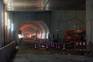 U-Bahn-Tunnel vom Karlsruher Marktplatz nach Osten in Richtung Kronenplatz