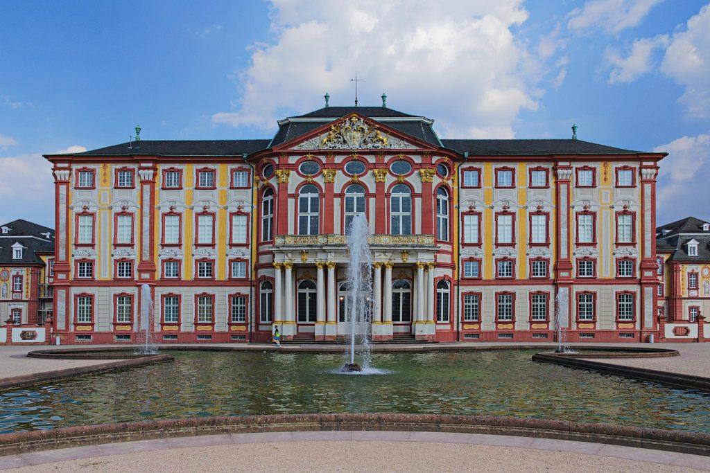 Gartenansicht des Schlosses in Bruchsal